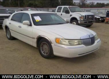 Used 2001 Lincoln Town Car Cartier Sedan For Sale At Iaa Auction